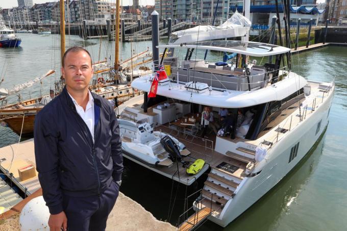 Manu Deceuninck voor de Valentine, een luxecatamaran van 3,5 miljoen euro. (foto PM)©Peter MAENHOUDT