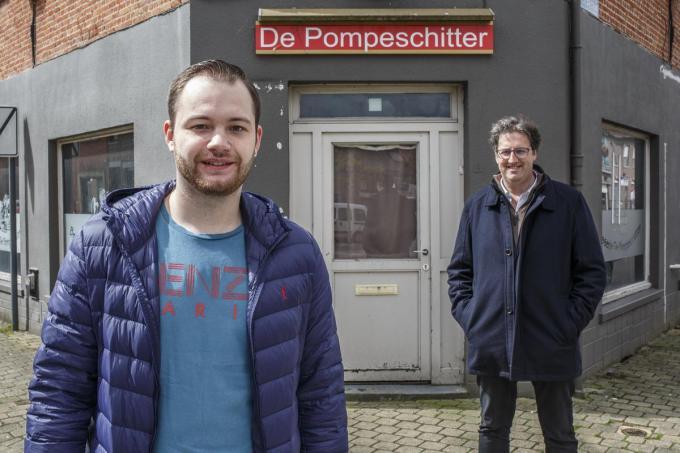 H&W Frituur de Pompeschitter Dadizele. Uitbater Brandon Debels en pandeigenaar Lieven Maes. (JS-foto JS)©jan_stragier Jan Stragier