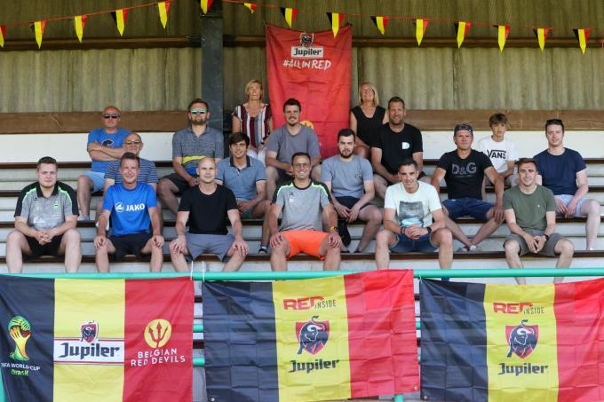 Het bestuur en de vrijwilligers van KSV Veurne maken zich op voor het EK. (foto MG)