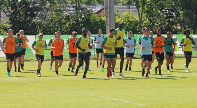 Lachende gezichten op de eerste training van Cercle Brugge.© ACR