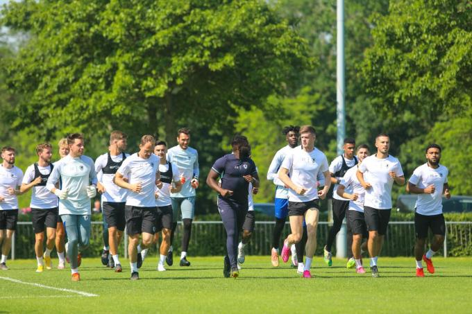 Eerste training van KV Oostende woensdagmorgen op het sportpark De Schorre.©Peter MAENHOUDT
