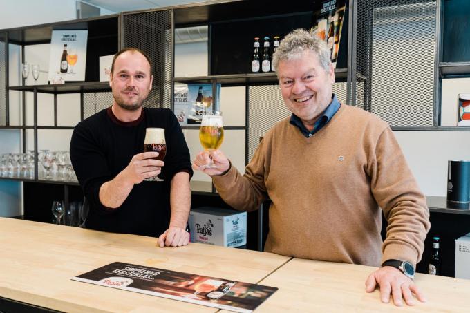 Matthias Van den Poel en Luc Vermeersch klinken op de overname. (foto gf)