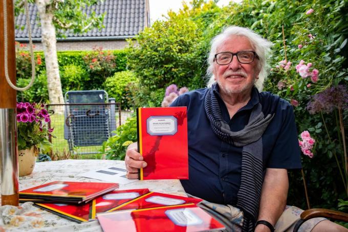 """""""Zo'n dagboeken zijn soms de enige manier om te weten hoe de strijders die periode hebben beleefd"""", stelt Frans Vanzieleghem vast. (foto Kurt)©Kurt Desplenter Foto Kurt"""