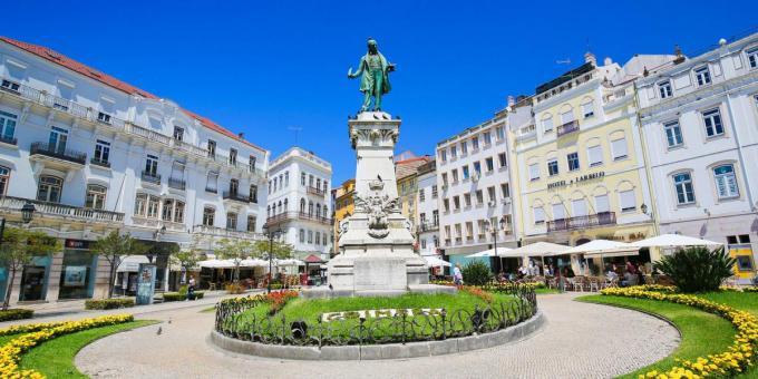 Het mooie Coimbra is vooral bekend om zijn universiteit.© gf