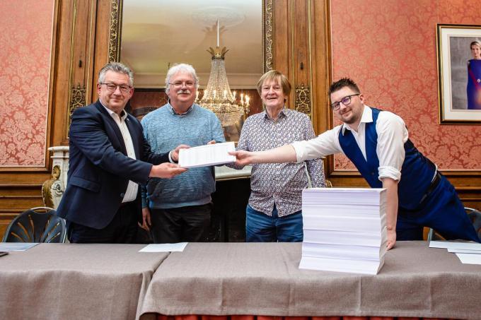 Dankzij meer dan 3.000 handtekeningen konden we vorige maand een officieel verzoekschrift indienen. Vanavond mogen we tijdens het voorbereidende berek de gemeenteraad toespreken.© Davy Coghe