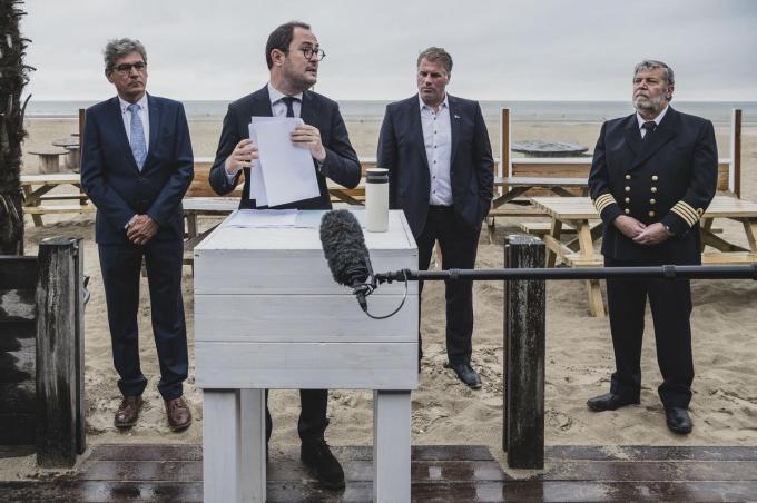 Minister Vincent Van Quickenborne kondigde vrijdag aan naar de rechter en de Europese Commissie te stappen tegen de plannen voor het Franse windmolenpark.© Olaf Verhaeghe