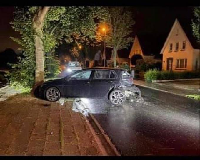 De wagen liep heel wat schade op.© GF