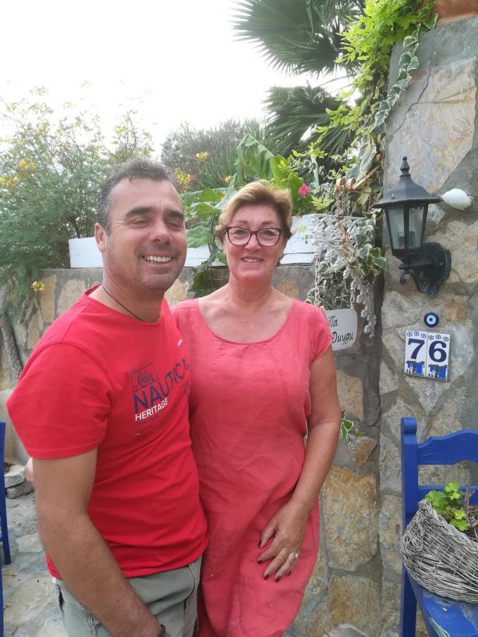 Celil en Marina ontvangen ook nog vaak mensen uit het Izegemse.