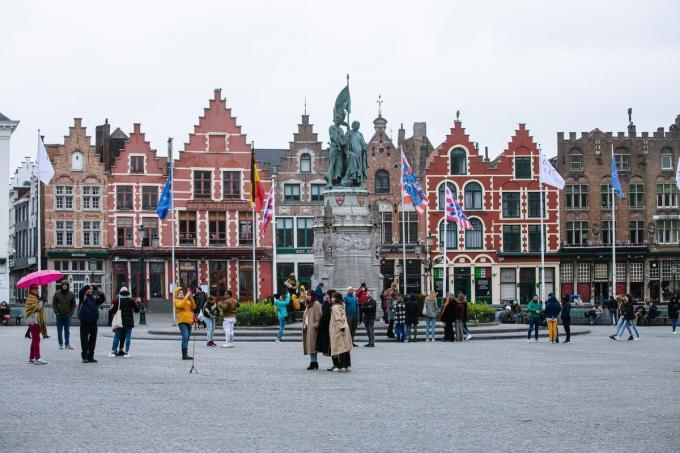 Zonnepanelen mogen in Brugge niet zichtbaar zijn vanop het openbaar domein.© Davy Coghe