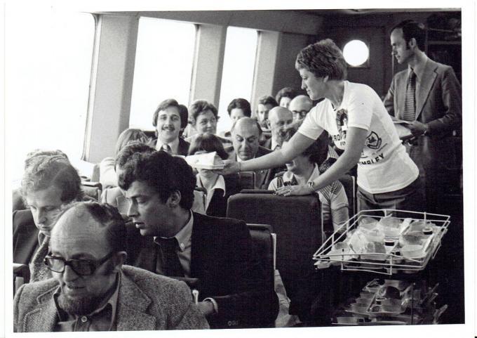 Johan Koekelbergh met snor in 1978 op de jetfoil naar Londen.© Fernand Proot