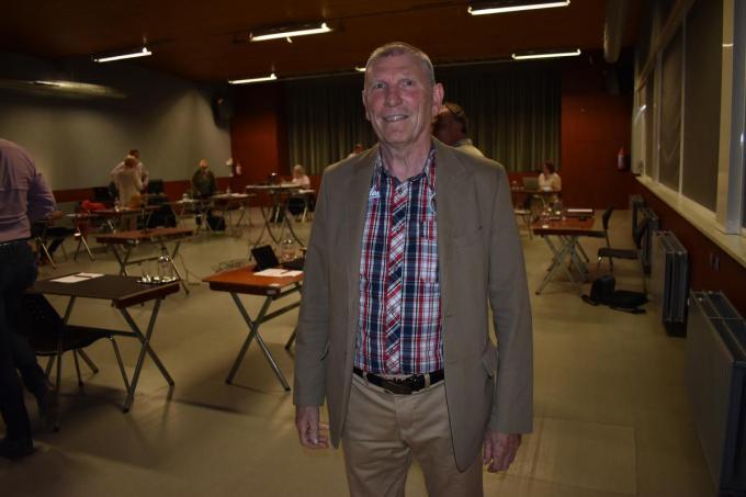 José Victoor blijft ook na zijn pensioen een luisterend oor in Langemark.