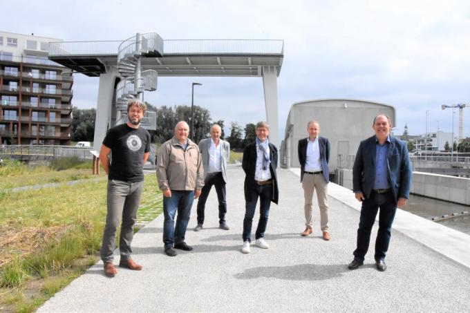 Tijs Naert, Piet Mestdagh, Bart Callaert, Alain Top, Lieven Dejonckheere en Dominique Windels.© LOO