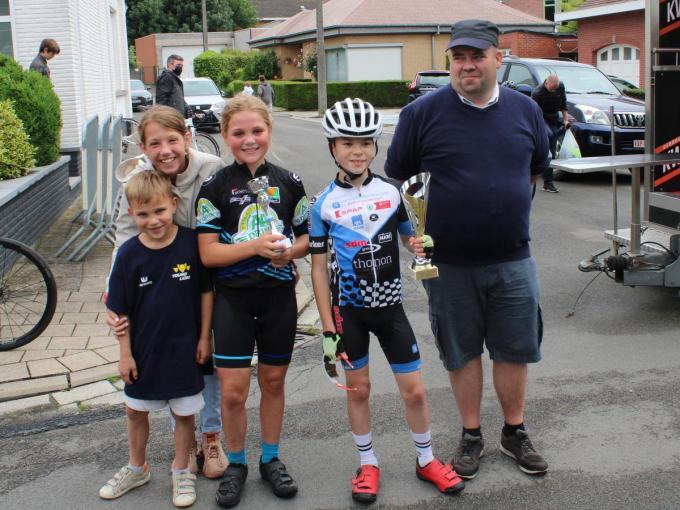 Bij de 10-jarige miniemen ging de zege naar Louis Abs uit Grez-Doiceau. Bij de meisjes was Fia Martino uit Hofstade de beste.© WO