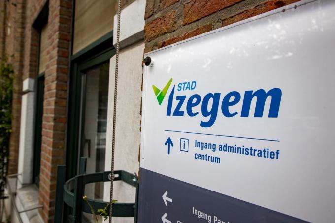 Concreet koopt de stad nieuw en extra materiaal aan voor de uitleendienst, waar de Izegemse verenigingen meestal gratis een beroep kunnen op doen.© Belga