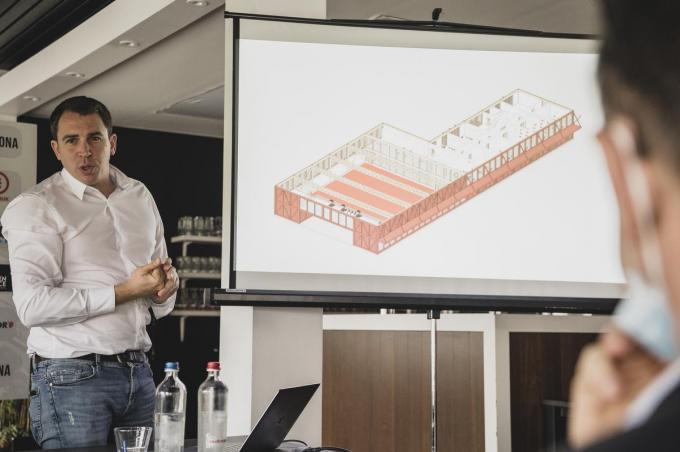 KVK-manager Matthias Leterme lichtte de plannen voor het trainingscentrum toe.