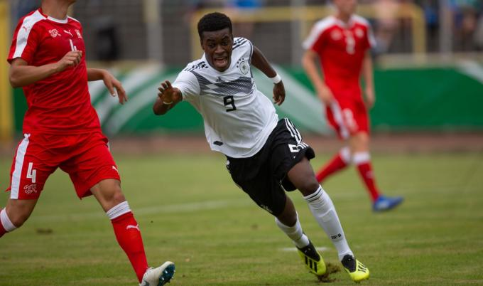 Kan Duits jeugdinternational Jesaja Herrmann ook scoren voor KV Kortrijk? (foto Getty)