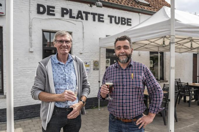 José Deleye en Frederik Declercq voor De Platte Tube.