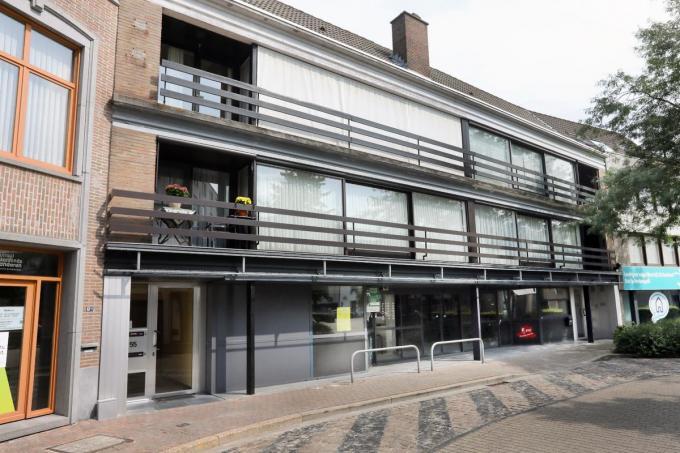Op de site Pollet verdwijnt de Carrfour Market, maar op de Burg (foto) opent in oktober een Carrefour Express.