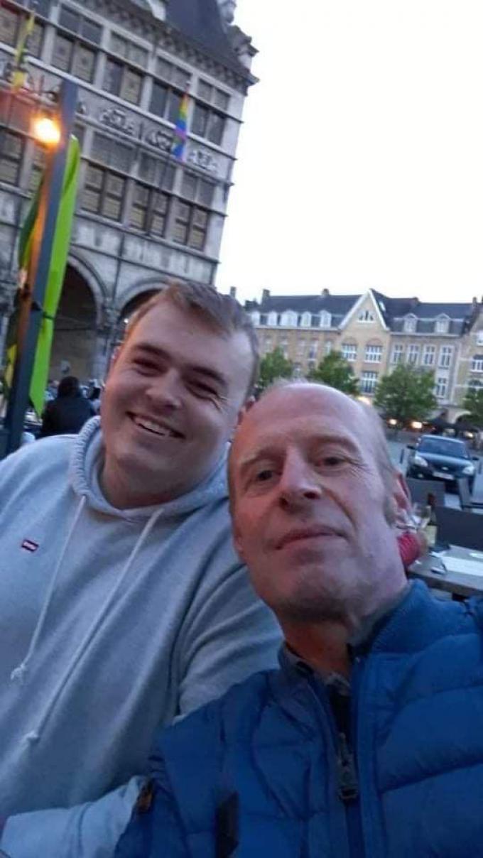 Andy Saelens met oudste zoon Yari (22).