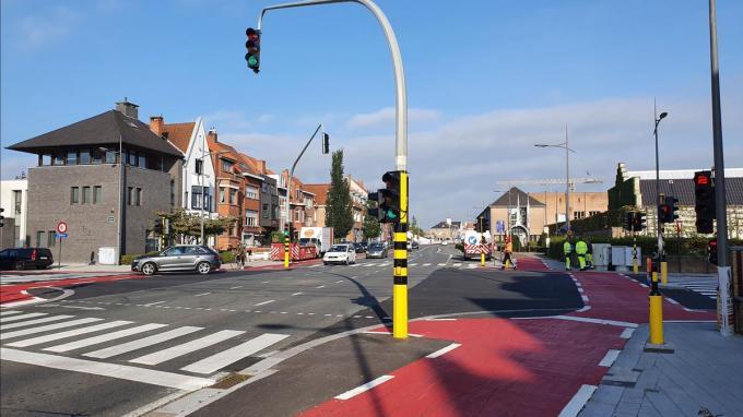 Aan het kruispunt werden begin dit jaar al enkele aanpassingen uitgevoerd om de verkeersveiligheid te verhogen.