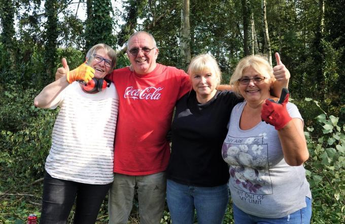Van links naar rechts: Veronique Kint (voorzitter), Eric De Smet, Maureen Balcean en Martine Meurez (vrijwilligers).
