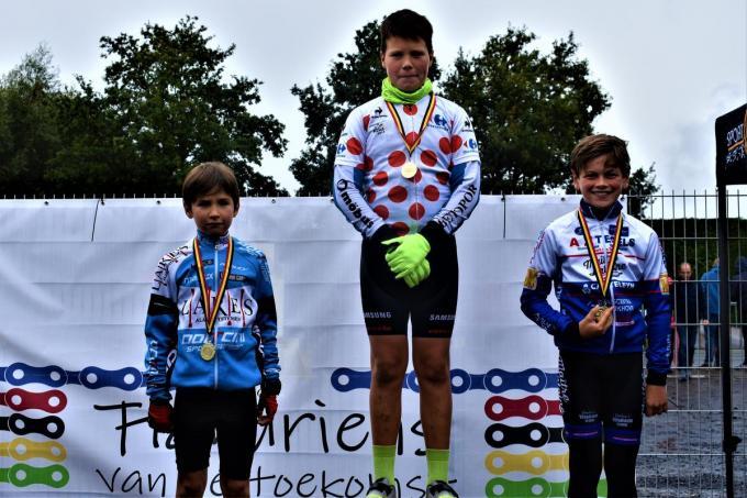 Reeks 1 met winnaar Ilian Braeckevelt, tweede Armand Ampe en derde Lander Kindt.
