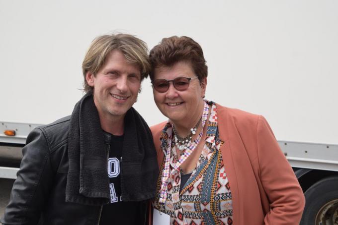 Nicole met Gene Thomas