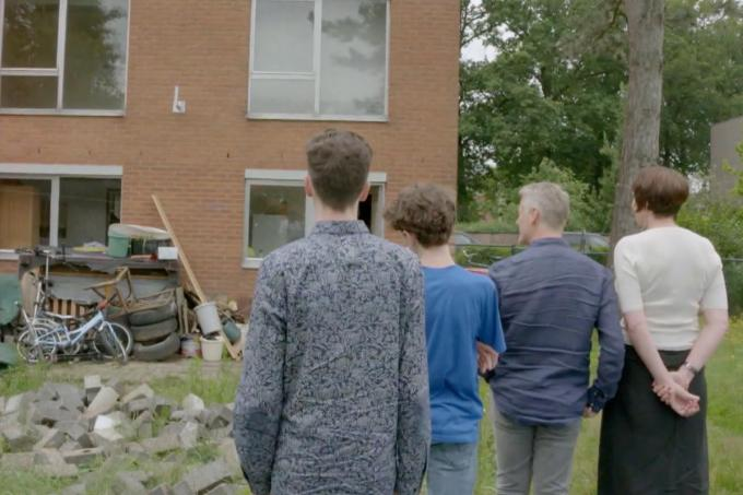Het gezin bij aankomst in de tuin in Oostmalle.