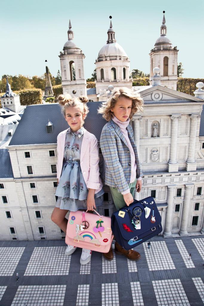 Allesbehalve saaie schooltassen van de Oostendse collectie Jeune Premier (149,90 euro).