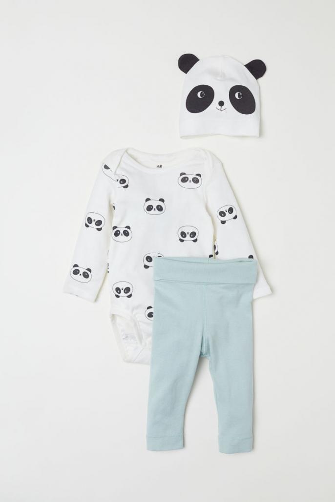 89f8451a42906 Mode: notre sélection de bodys et pyjamas adorables à offrir à une ...