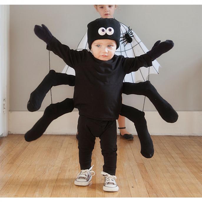 Verrassend Zo maak je gemakkelijk zelf een Halloween kostuum - Libelle Mama RI-76