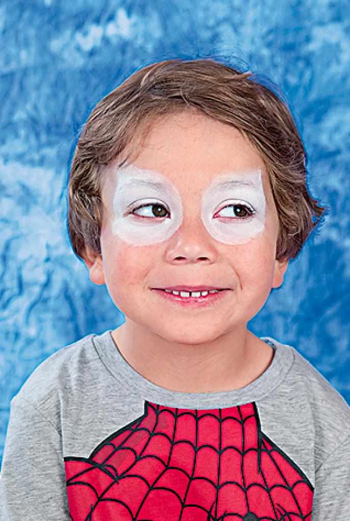 Halloween Schmink Kind.Halloween Hoe Schmink Je Een Kind Als Spiderman Libelle Mama