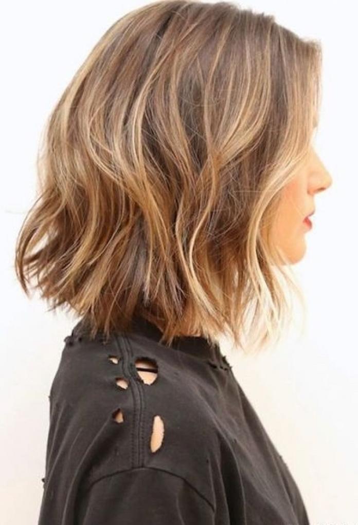 Coupe de cheveux courts cheveux fins