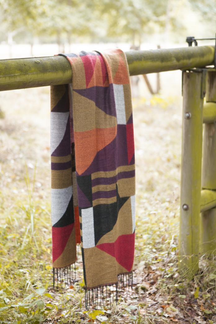 pas cher dernière collection premier coup d'oeil 3 façons de porter son écharpe avec style - Femmes d'Aujourd'hui