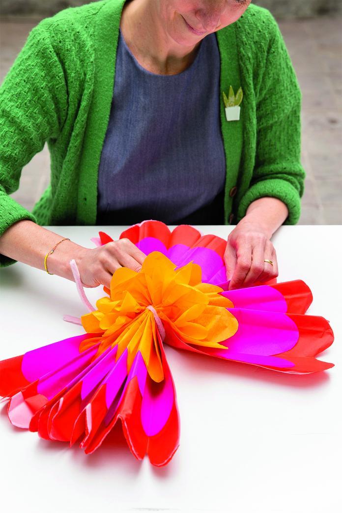 Fleur en papier (pivoine)