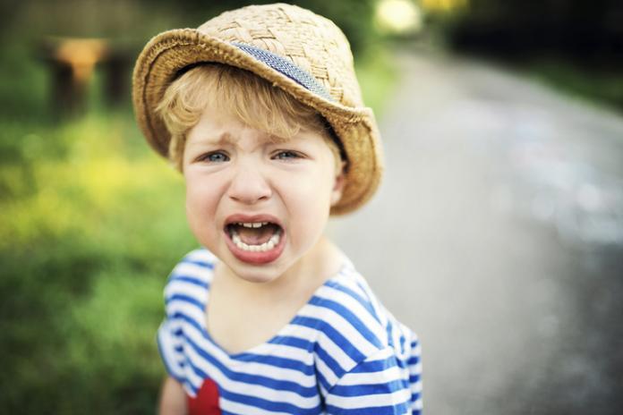 absurde redenen waarom kinderen huilen