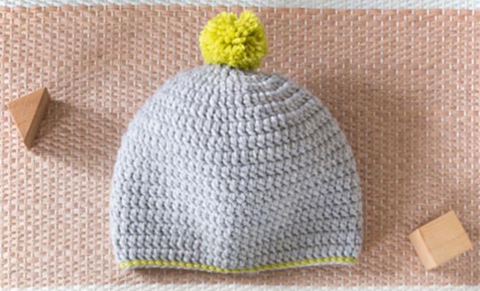 8619c9a647d Le crochet est la grande tendance DIY de ces derniers mois. Faites-en profiter  bébé avec le petit bonnet Andreas
