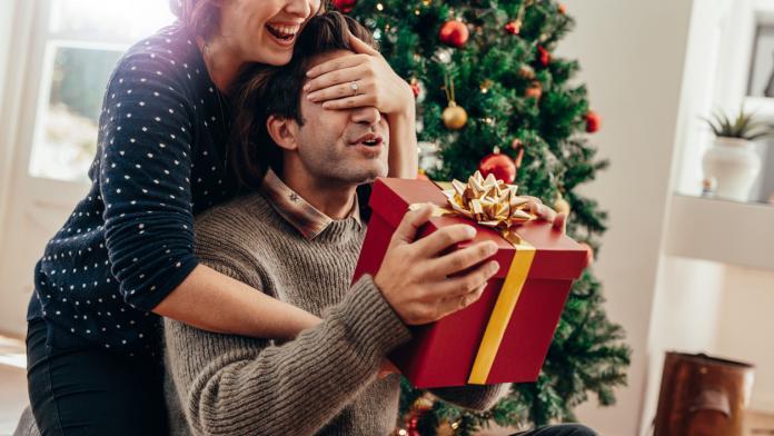 Noël: 17 cadeaux pour un futur papa   Femmes d'Aujourd'hui Mamans