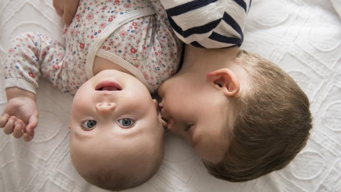aandacht verdelen baby en kleuter