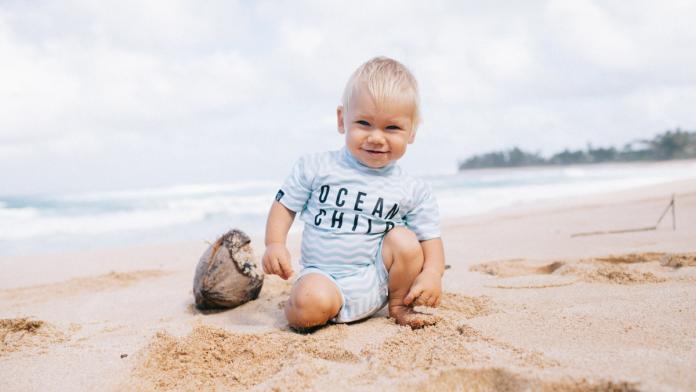 uv-werende kleding baby