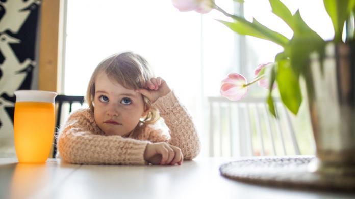 kind verveelt zich