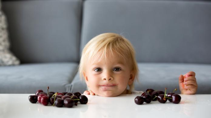 warm weer kind eten