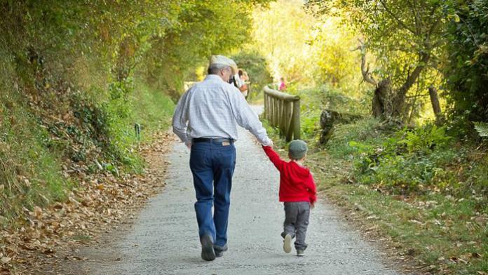 Enfants et grands parents un amour unique