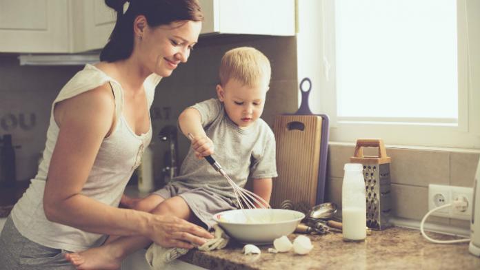 A quel age cuisiner avec des enfants?