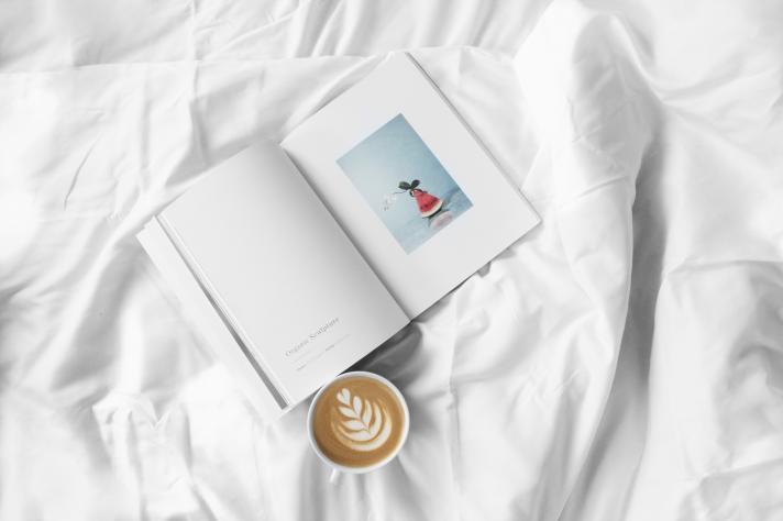 Remplacer son smartphone par un bouquin avant de dormir