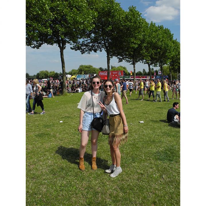 Xandra (18) en Karen (17)