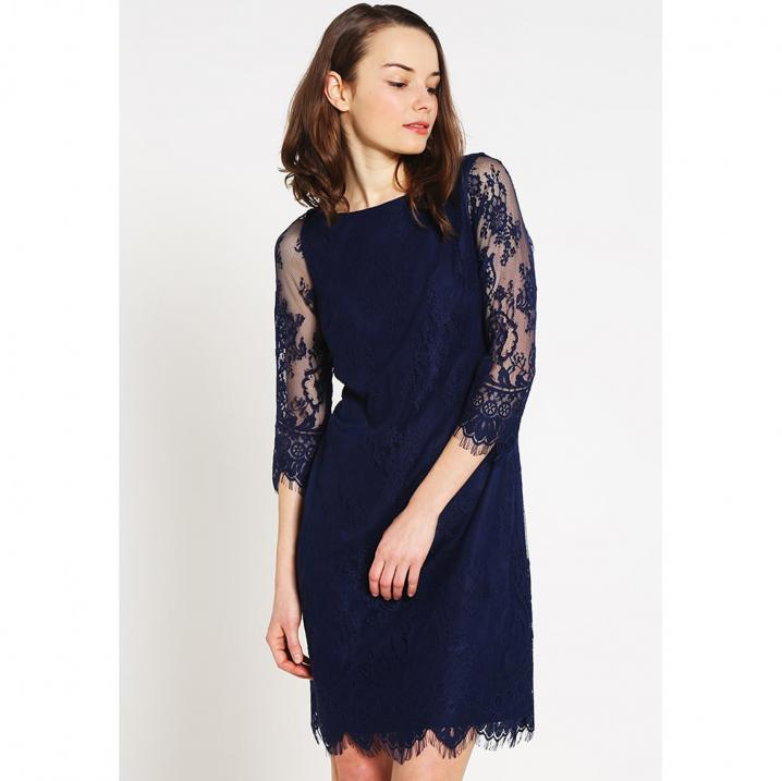 Donkerblauwe jurk met kanten mouwen