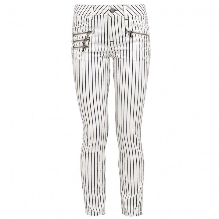 Wit met zwart gestreepte broek