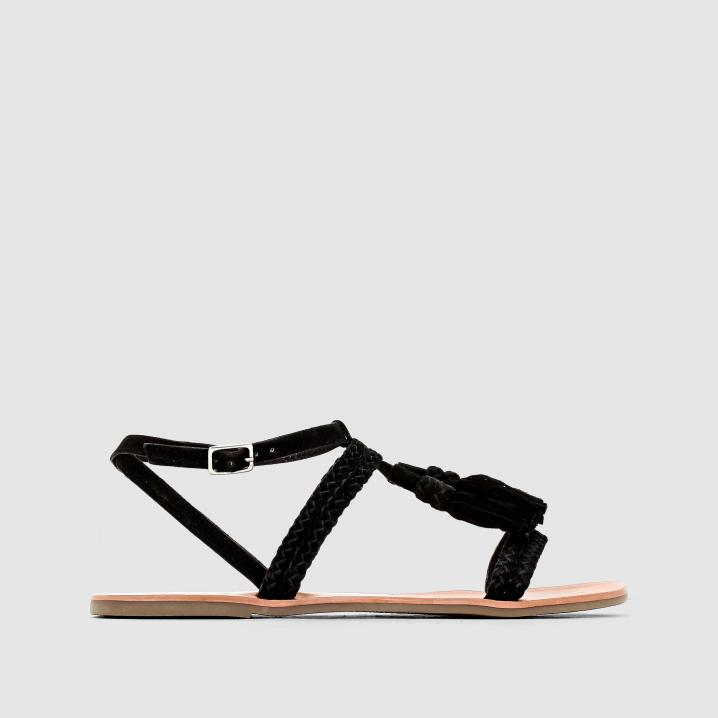 Zwarte sandaaltjes