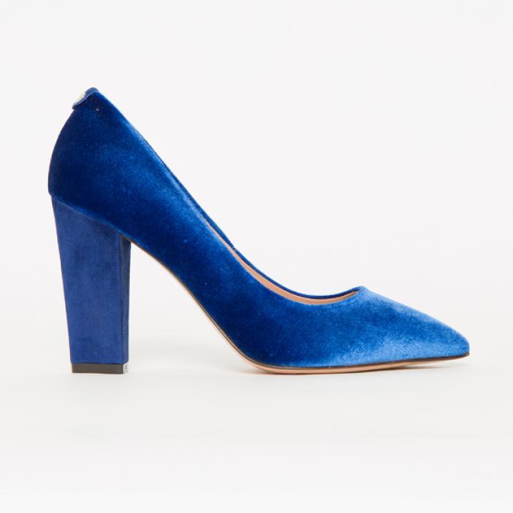Felblauwe pump